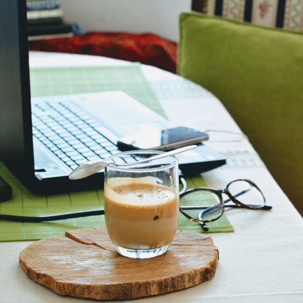 laptop-working-from-home-coffee